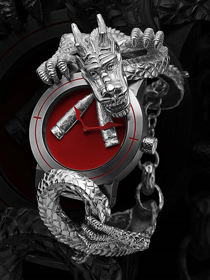 ドラゴンの腕時計